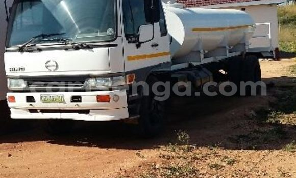 Buy Used Toyota Hino White Truck in Manzini in Swaziland