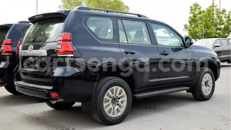 Big with watermark toyota prado hhohho import dubai 11542