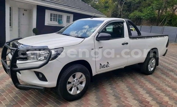 Medium with watermark toyota hilux hhohho ezulwini 11805