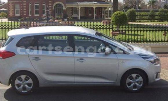 Buy Kia Carens Black Car in Manzini in Swaziland