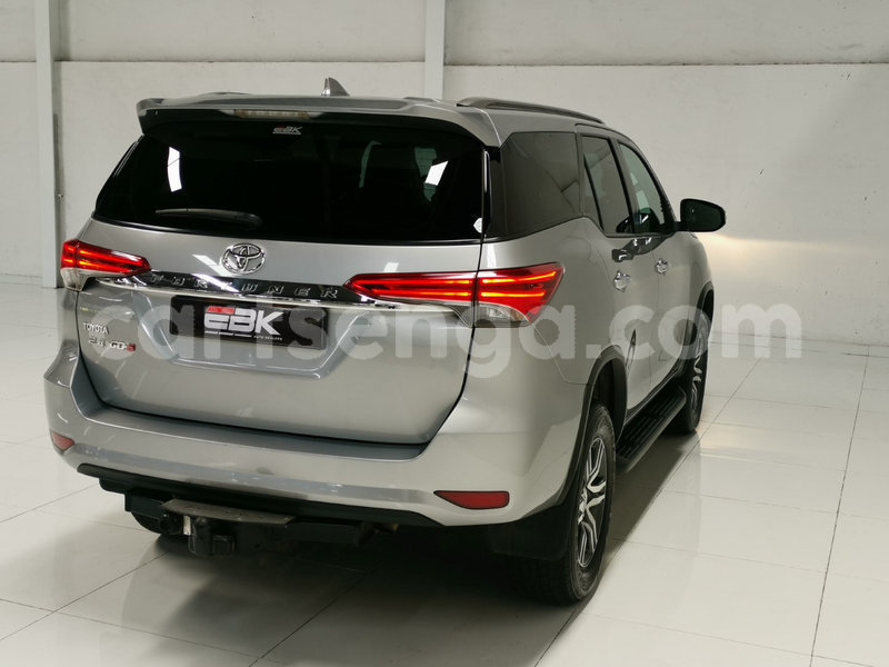 Big with watermark toyota fortuner hhohho ezulwini 13001