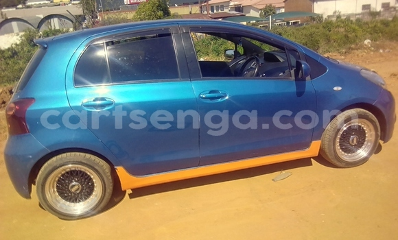 Buy Used Toyota Yaris Blue Car in Mbabane in Manzini