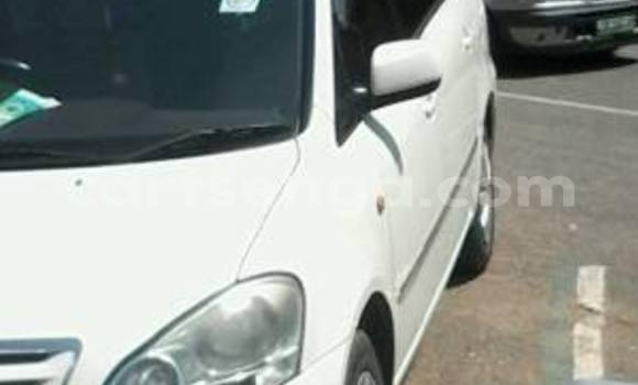 Buy Used Toyota IST White Car in Manzini in Swaziland