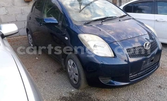 Buy Used Toyota Vitz Blue Car in Nhlangano in Shiselweni District