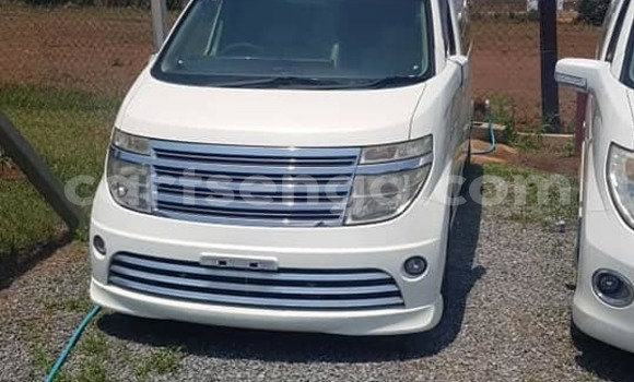 Buy Used Nissan Elgrand White Car in Matsapha in Manzini