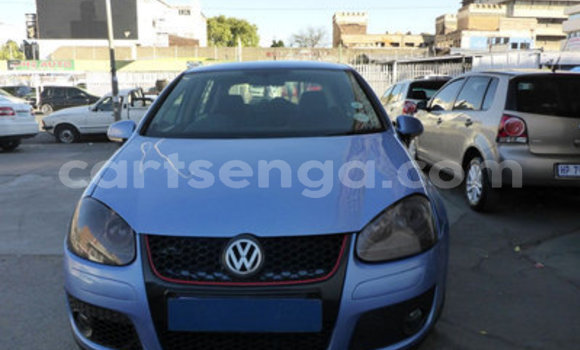 Buy Used Volkswagen Golf Blue Car in Bulembu in Hhohho