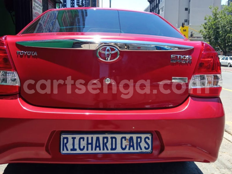 Big with watermark toyota etios3