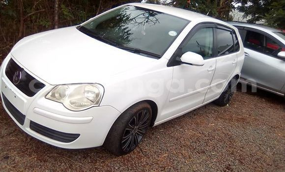 Buy Used Volkswagen Polo White Car in Matsapha in Manzini