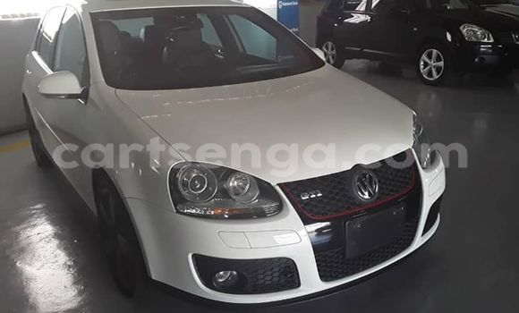 Buy Used Volkswagen Golf GTI White Car in Matsapha in Manzini