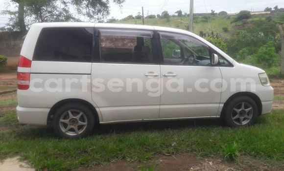Buy Used Toyota Noah White Car in Manzini in Manzini