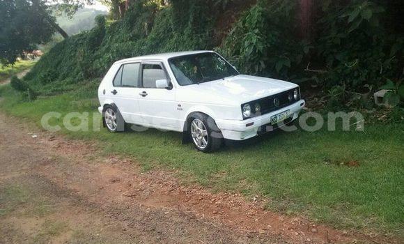 Nunua Ilio tumika Volkswagen Golf White Gari ndani ya Manzini nchini Manzini