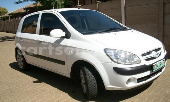 Buy Used Hyundai Getz White Car in Hlatikulu in Shiselweni District