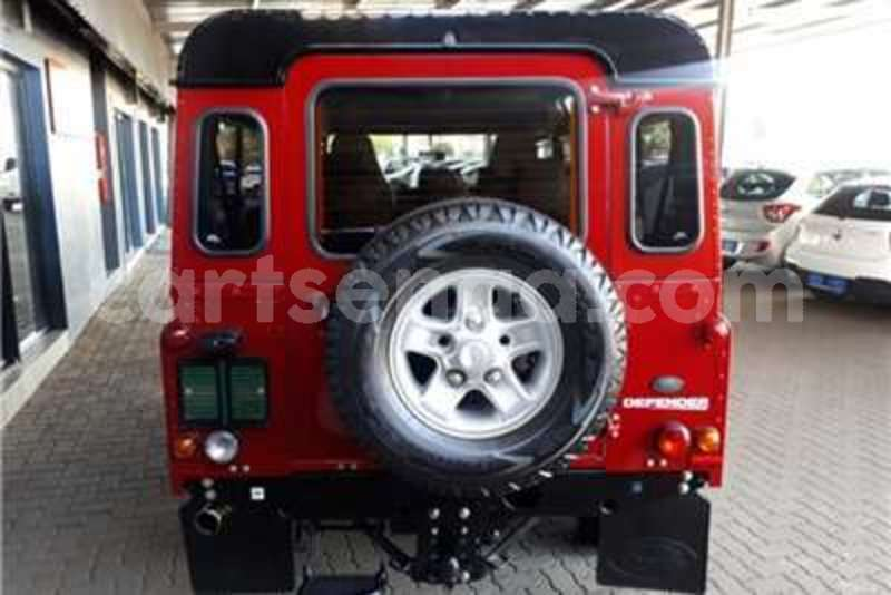 Big with watermark land rover defender 110 td multi purpose s 2013 id 60225694 type main