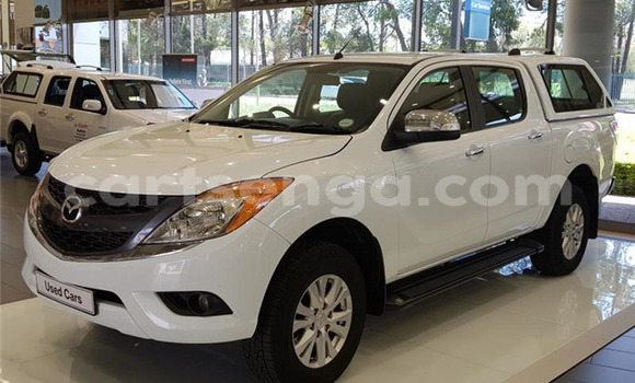 Buy Used Mazda BT-50 White Car in Bhunya in Manzini