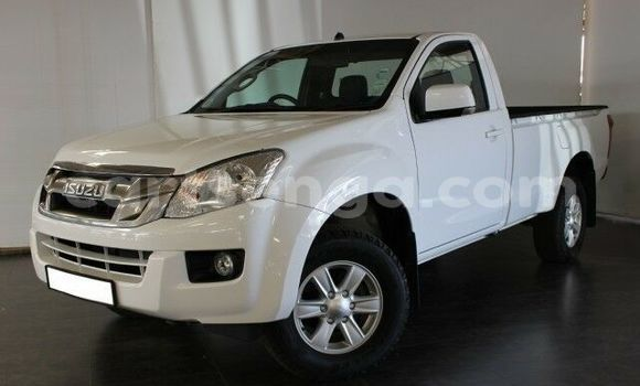 Buy Used Isuzu KB White Car in Bhunya in Manzini