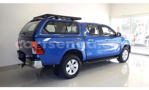 Buy Used Toyota Hilux Blue Car in Mbabane in Manzini