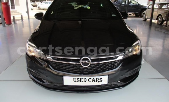 Buy Used Opel Astra Black Car in Big Bend in Lubombo