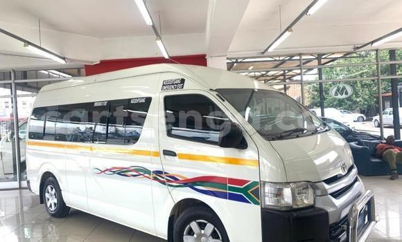 Medium with watermark toyota hiace manzini bhunya 16759