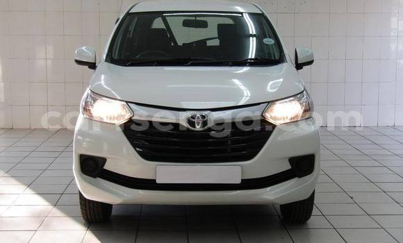 Buy Used Toyota Avanza White Car in Mbabane in Manzini
