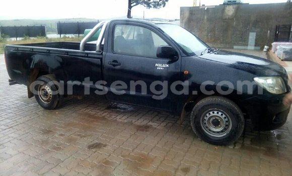 Buy Used Toyota Hilux Black Car in Mankayane in Manzini