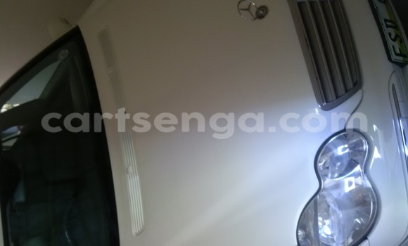 Buy Used Mercedes‒Benz KOMPRESSOR White Car in Mbabane in Swaziland
