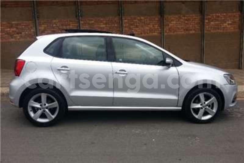 Big with watermark vw polo 1 2tsi comfortline 2015 id 42711912 type main