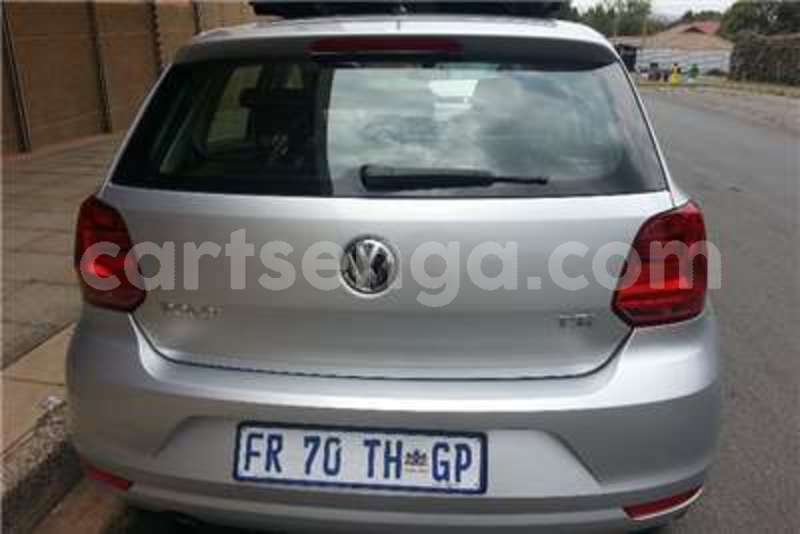Big with watermark vw polo 1 2tsi comfortline 2015 id 42711918 type main