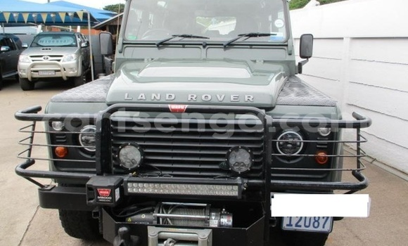 Buy Used Land Rover Defender Green Car in Mbabane in Manzini