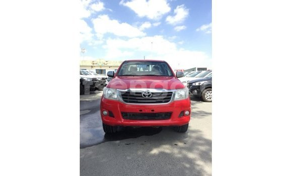 Medium with watermark toyota hilux hhohho import dubai 17136