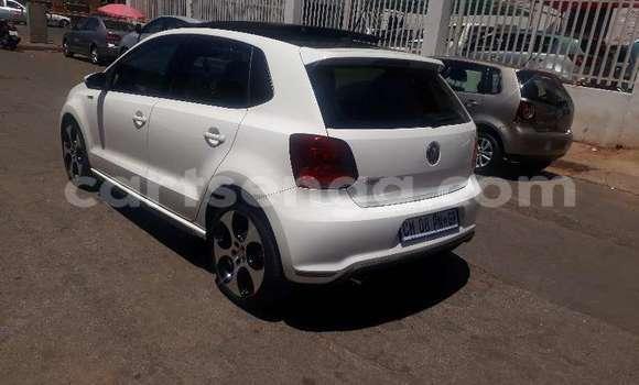 Buy Used Volkswagen Polo White Car in Bhunya in Manzini