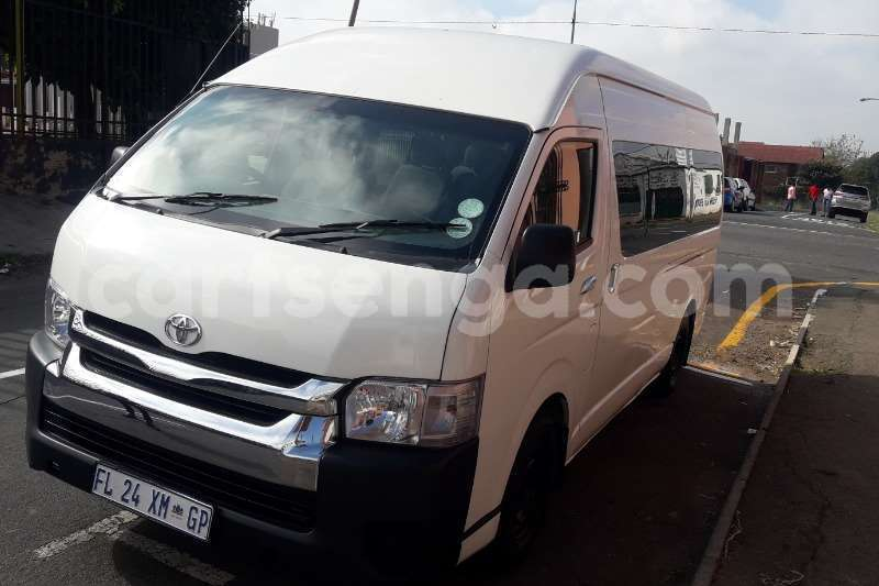 Big with watermark toyota quantum 2 5d 4d gl 10 seater bus 2016 id 62159120 type main