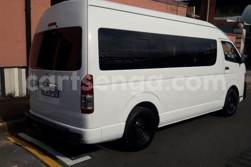 Big with watermark toyota quantum 2 5d 4d gl 10 seater bus 2016 id 62159121 type main