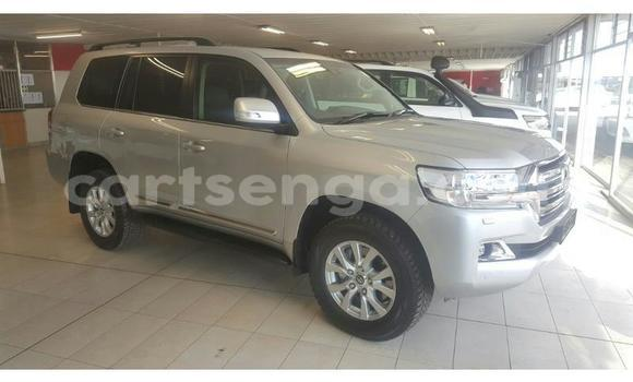 Buy Used Toyota Land Cruiser Silver Car in Mbabane in Manzini