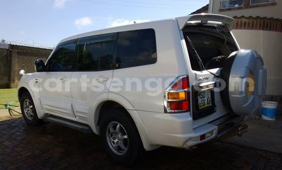 Buy Used Mitsubishi Pajero White Car in Manzini in Swaziland