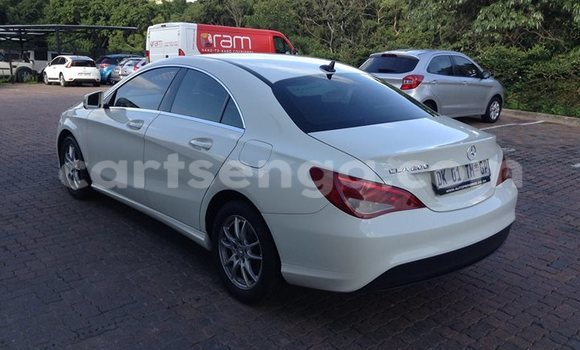 Buy Used Mercedes‒Benz CL-Class White Car in Manzini in Swaziland