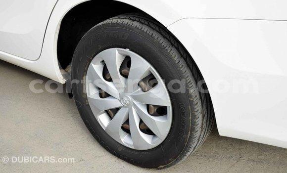 Nunua Imported Toyota Yaris White Gari ndani ya Import - Dubai nchini Hhohho