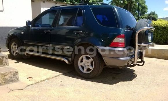 Buy Used Mercedes‒Benz ML-Class Black Car in Manzini in Swaziland