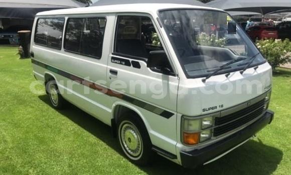 Buy Used Toyota Hiace White Car in Bhunya in Manzini