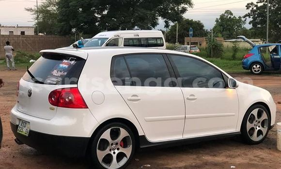 Buy Used Volkswagen Golf White Car in Mbabane in Manzini