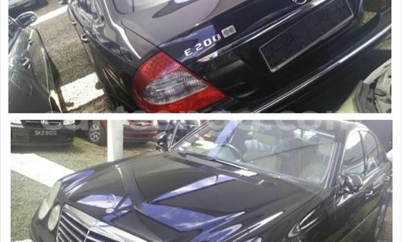 Buy Used Mercedes‒Benz C-Class Black Car in Manzini in Swaziland