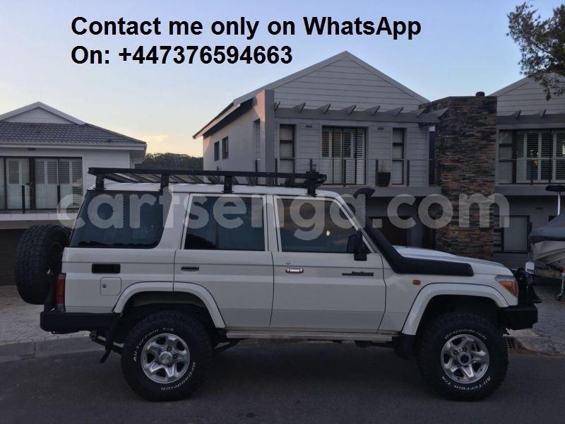 Big with watermark toyota land cruiser manzini mbabane 21555