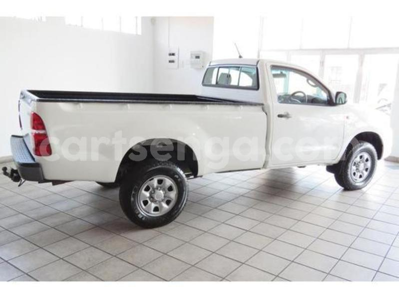 Big with watermark toyota single cab 7