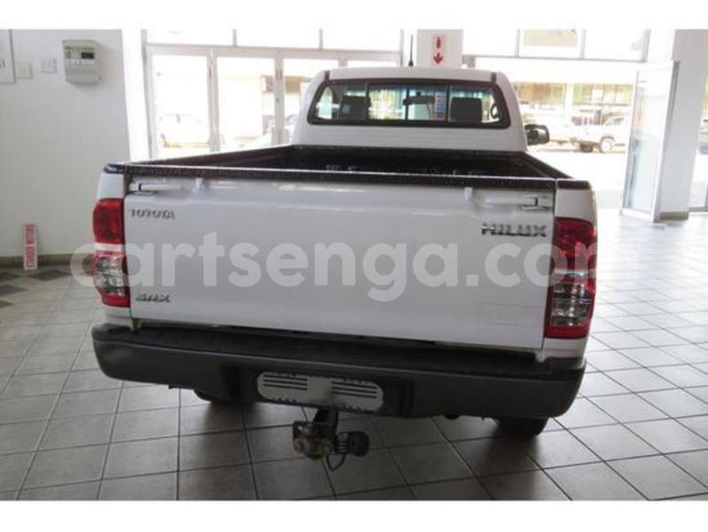 Big with watermark toyota single cab 8