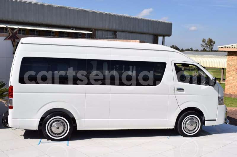 Big with watermark toyota quantum 2 5d 4d gl 14 seater bus 2017 id 46518994 type main