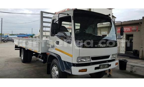 Buy Used Isuzu FTR 850 White Truck in Import - Dubai in Hhohho