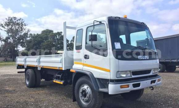 Buy Used Isuzu FTR 850 White Truck in Hluti in Shiselweni District