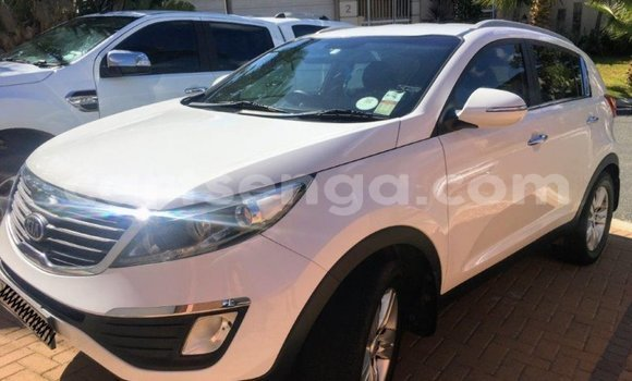 Buy Used Kia Rio White Car in Big Bend in Lubombo