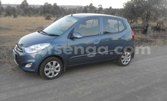 Buy Hyundai i20 Silver Car in Manzini in Swaziland
