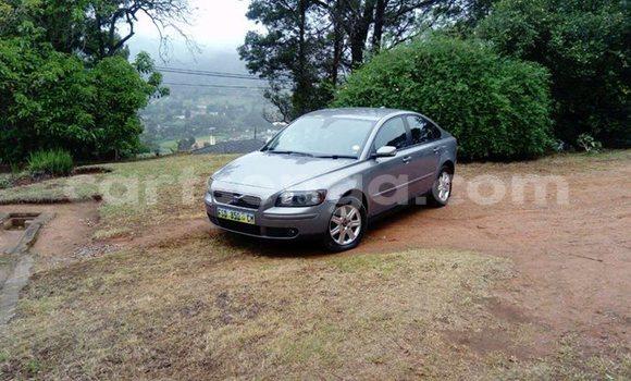 Buy Used Volvo S40 Silver Car in Manzini in Swaziland