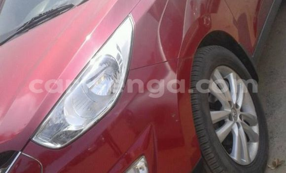 Buy Used Hyundai ix35 Red Car in Manzini in Swaziland
